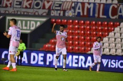 Cerro Porteño recibe un golpe antes de la revancha copera