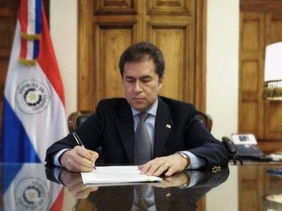 Luis Castiglioni pondrá su cargo a disposición de Mario Abdo