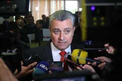"""Ministro del Interior aboga por una política de seguridad """"estable"""" entre poderes del Estado"""