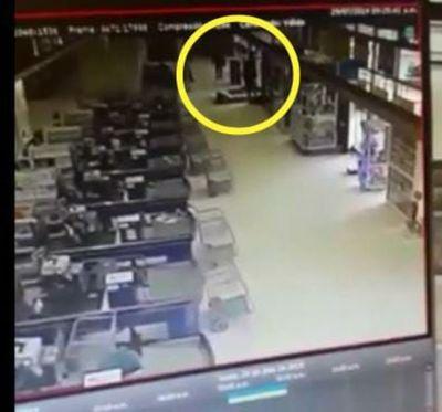 Difunden videos de asalto a boca de cobranzas