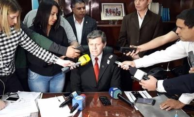 """HOY / Arrom, Martí y Colmán: en Montevideo, con """"libertad para moverse"""" y tramitando nuevo refugio político"""