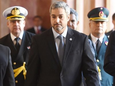Bochorno oficial  deriva en la primera purga de la era Abdo