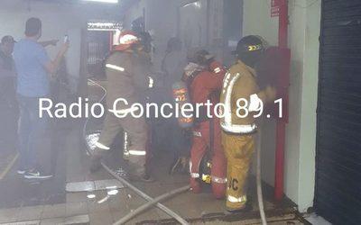 Incendio en depósito de CDE en plena madrugada