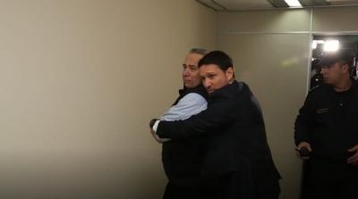 González Daher y su hijo salen de la cárcel
