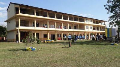 Habilitan mejoras en emblemático Colegio Nacional de Antequera