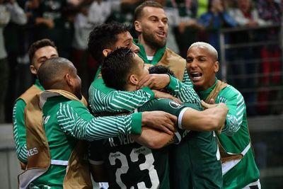 El Palmeiras de Gómez golea al Godoy Cruz