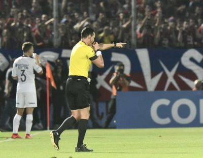 VAR, penal y gol de Bareiro