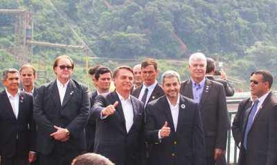 Bolsonaro da respaldo a Mario Abdo ante crisis desatada por acuerdo de Itaipú