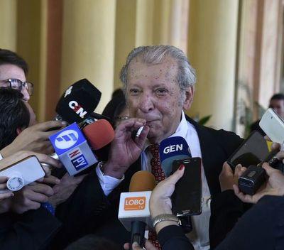 Abdo pasó la prueba de gobernar durante una crisis, según Galaverna