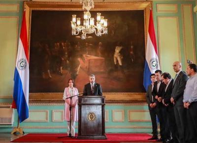 Presidente destaca triunfo de la institucionalidad y la democracia