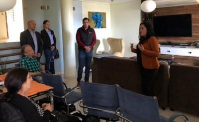 Presentan proyecto de costanera a Ministra de Turismo