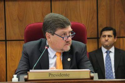"""Llano pide convocar a """"los mejores"""" con miras a la renegociación de Itaipu"""