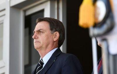 Bolsonaro evita hablar de crisis generada por acta bilateral