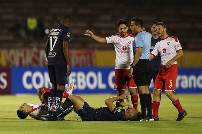 Domínguez salió lesionado
