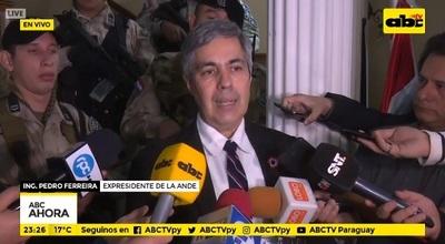 Ferreira ratifica ante Fiscalía denuncia que involucra a Velázquez