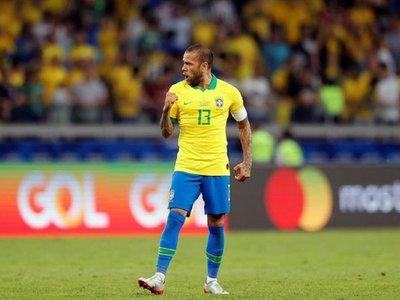 La reacción de San Lorenzo tras el fichaje de Alves