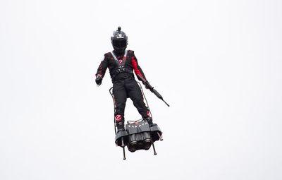 """El """"hombre volador"""" volverá a tratar de cruzar el Canal de la Mancha"""