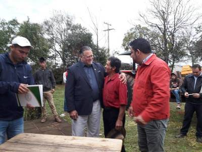 Alejo Rios pide a Contraloría que audite gobernación