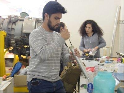 Cohete hecho por estudiantes,  listo para competir en Brasil
