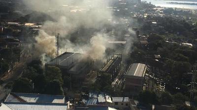 Importante incendio en estación de la ANDE