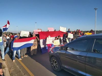 Bloquean ingreso a Asunción por la Costanera