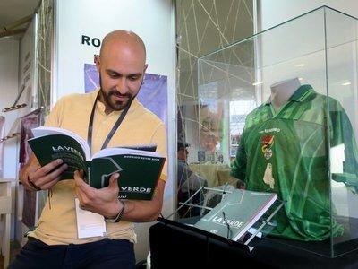 La Verde, la historia de la selección boliviana contada con 74 camisetas
