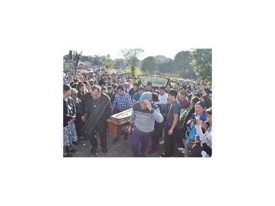 Emotiva despedida recibió el  cantante  Odilio Román