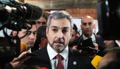 Mario Abdo se defiende y tira el fardo a Cancillería por polémico acuerdo sobre Itaipú