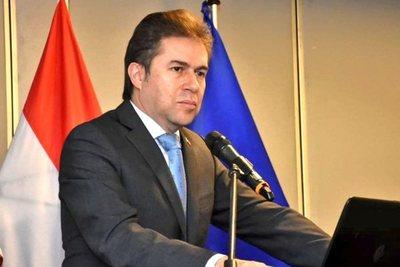¿Quién miente?: excanciller niega que se congelaron relaciones con el Brasil · Radio Monumental 1080 AM