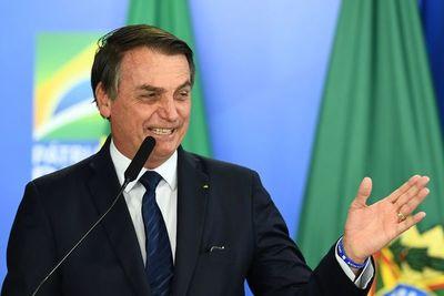 Bolsonaro, una ametralladora giratoria verbal, con puntería