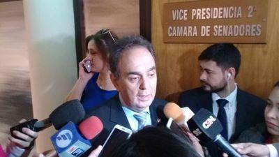 Aunque Monges criticó acuerdo, pidió unidad colorada para evitar juicio político de Abdo y Velázquez