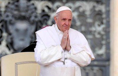 Papa pide una Iglesia sin fronteras, solidaria y atenta a los problemas