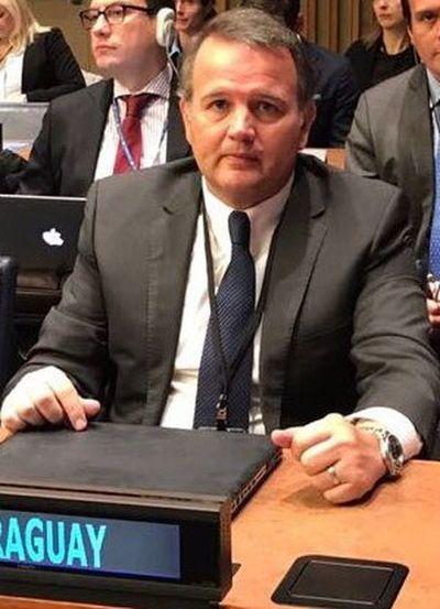 Embajador José Dos Santos es designado viceministro