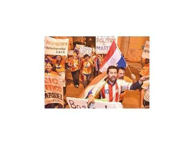 Ciudadanos volvieron a  exigir el  juicio político al Ejecutivo