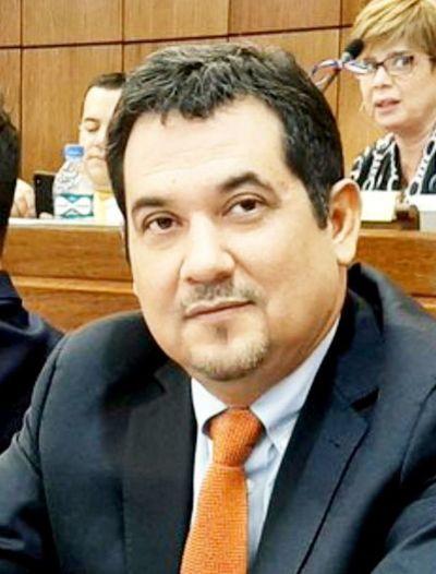 Arévalos sostiene que ya no hay motivos para un juicio