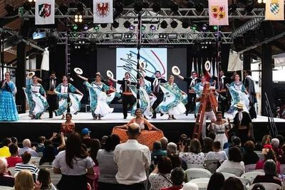Ballet Remembranzas de San Ignacio se destaco en festival internacional de Brasil
