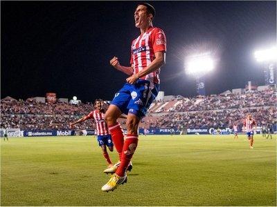 El Mudo Valdez marcó un 'hat trick' en la Copa MX