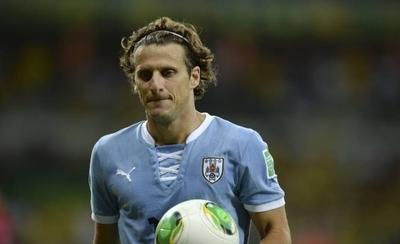 HOY / Forlán revela los equipos paraguayos que pujaron por él