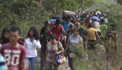 HRW denuncia abusos en Colombia contra civiles colombianos y venezolanos