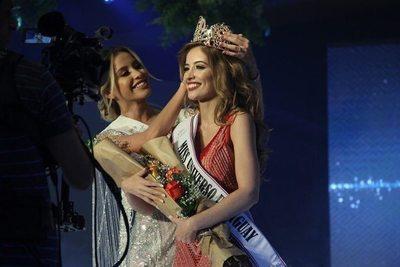 Santarriteña es nueva Miss Universo Paraguay