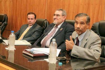 Ministros participaron en capacitación a jueces