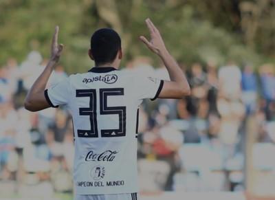 Diego Torres, el goleador más joven de Olimpia