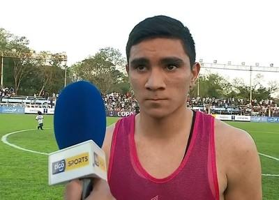 Hugo Fernández se hace figura ante Colegiales