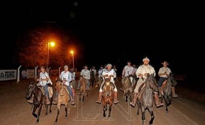 HOY / Innovador evento marca un hito histórico en caballos criollos