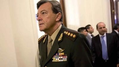 Exjefe del Ejército argentino absuelto en juicio por secuestros en dictadura