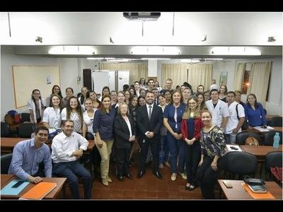 Jóvenes reflexionan sobre redes sociales, mercado laboral y drogas en V Foro Universitario UCI 2019