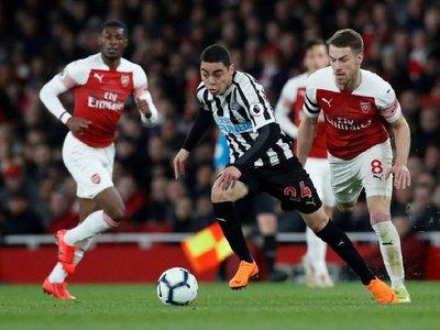 El Newcastle de Almirón debuta en la Premier