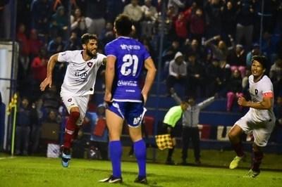 Cerro se reencuentra con la victoria en Villa Elisa