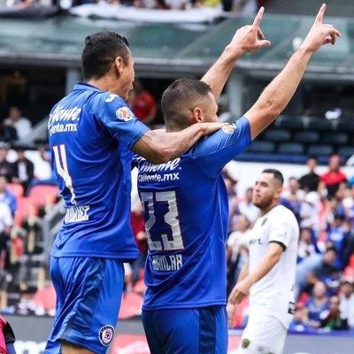 Aguilar sentenció el triunfo del Cruz Azul