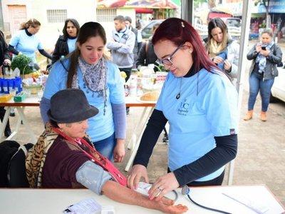 Universitarios brindaron asistencia sanitaria gratuita en Villarrica